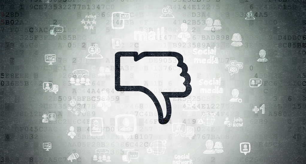 negative online customer reviews